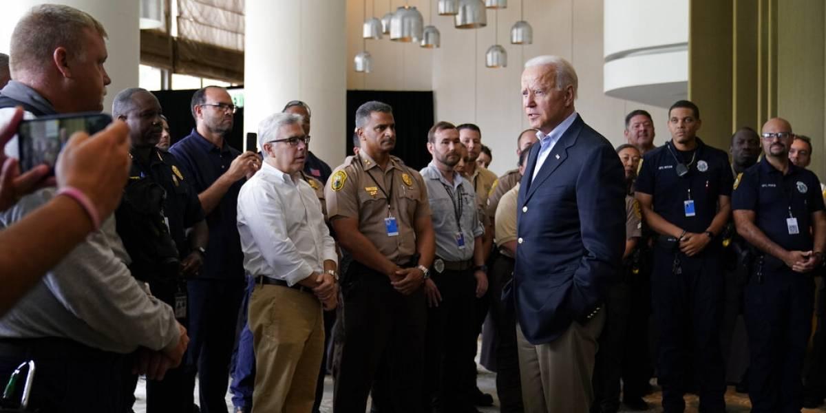 Biden viaja a Florida y ofrece consuelo a familiares de víctimas de condominio colapsado