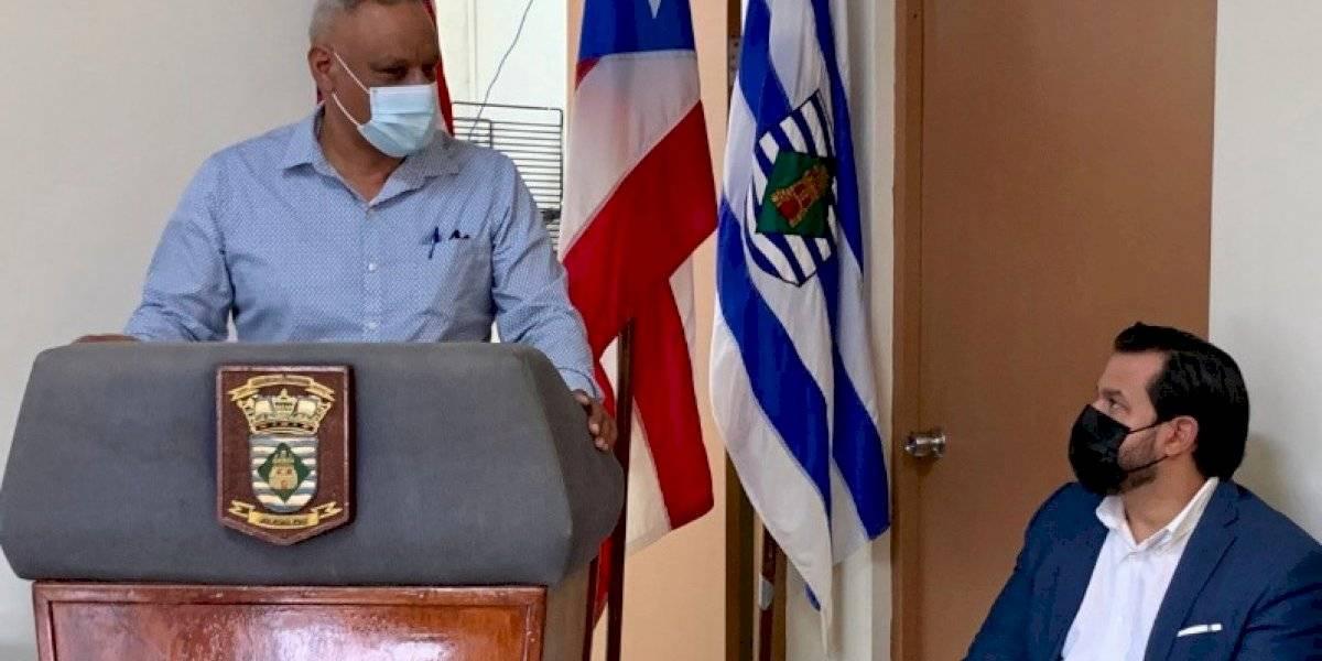 Vivienda inaugura oficina de servicios en Vieques