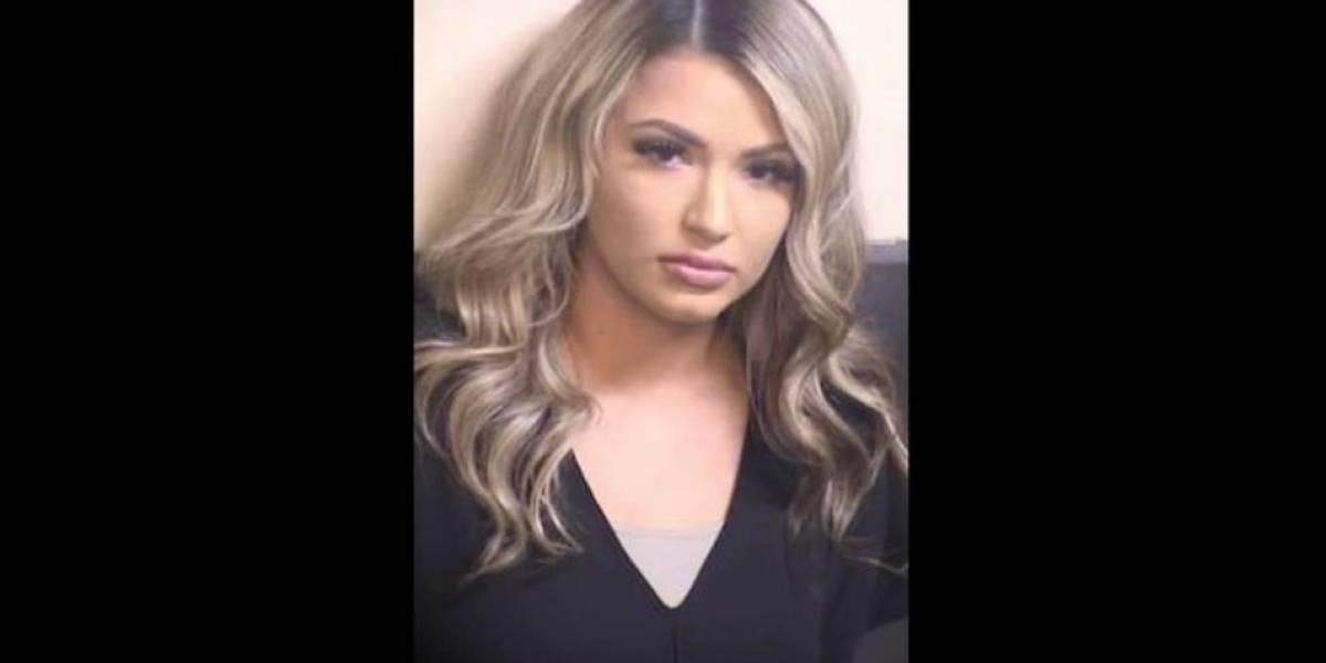 Guardia correccional arrestada por tener sexo frente a 11 reos en California