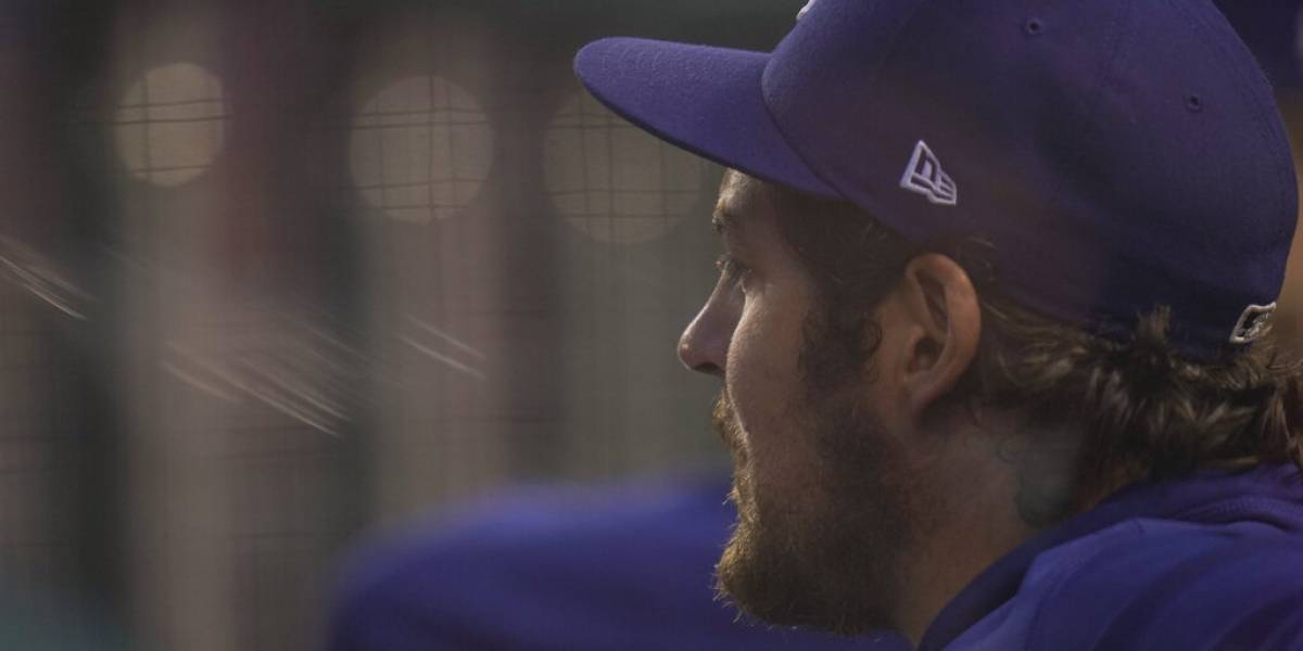 Colocan en licencia administrativa a pitcher de Los Ángeles tras denuncia de agresión contra mujer