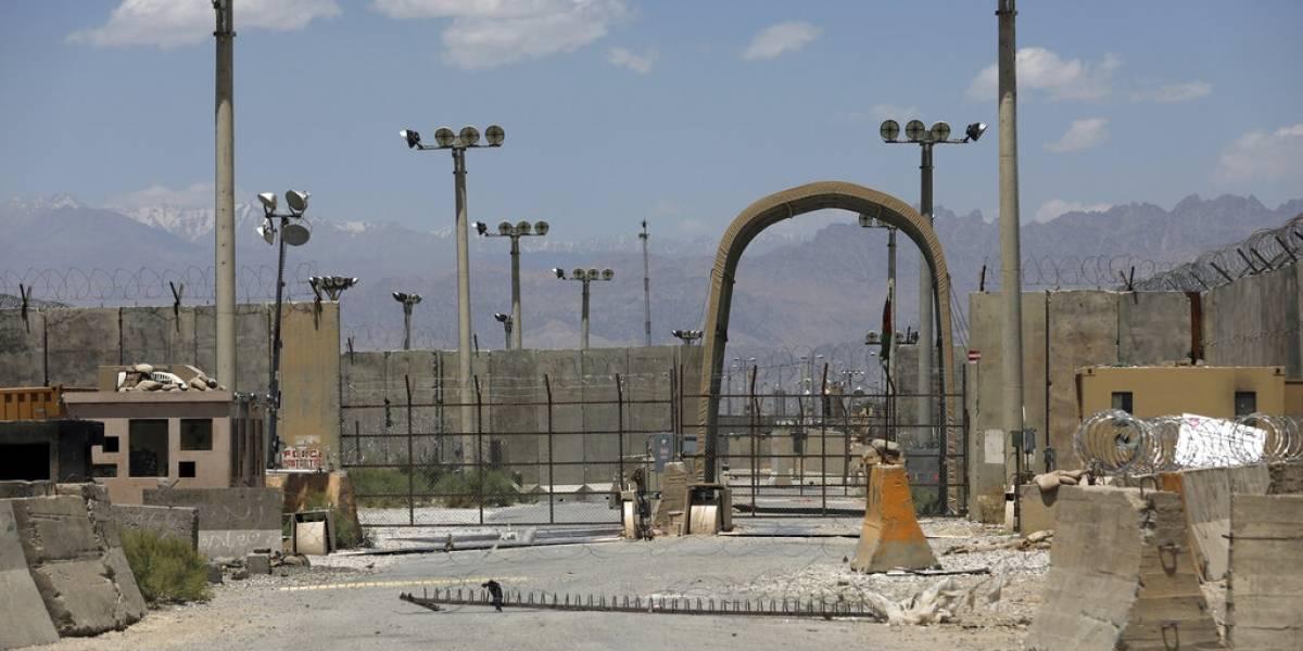 Casi 20 años después de invadir Afganistán, Estados Unidos se va