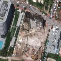 Preparan demolición de parte de edificio que no colapsó en Miami