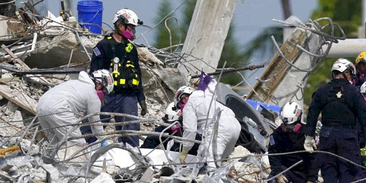 Se desvanecen las esperanzas de encontrar sobrevivientes en ruinas de condominio en Miami