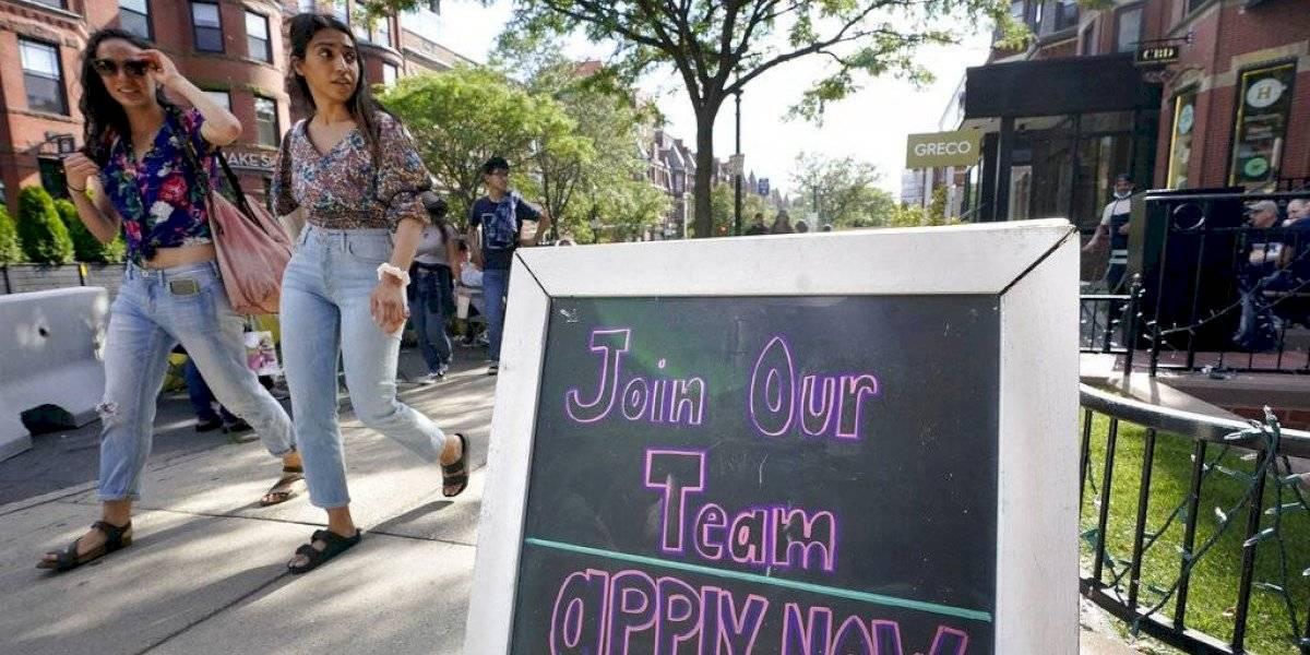 Adolescentes ayudan a reactivar la economía de Estados Unidos