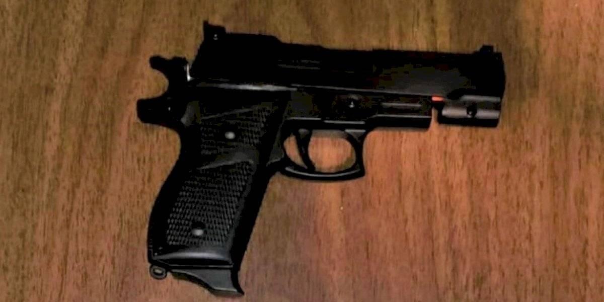 Se entrega menor de 15 años que intimidó a su abuela con un arma