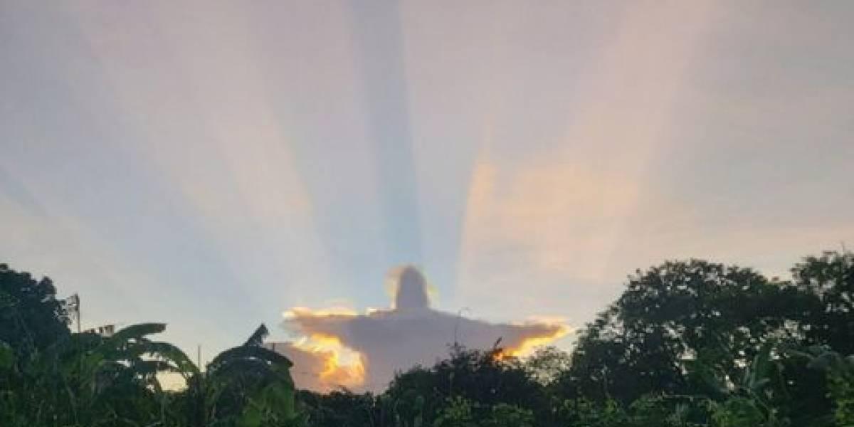 Nube con forma de Cristo aparece en el cielo en México y se vuelve viral