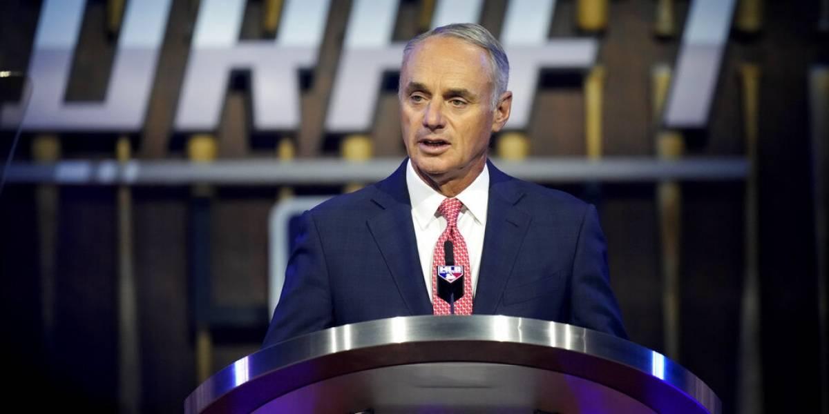 Comisionado MLB anticipa fin de las doble tandas de siete episodios