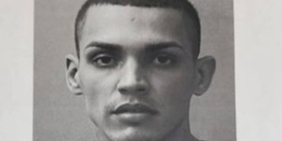 Cargos contra hombre que evadió arresto domiciliario para agredir a su pareja