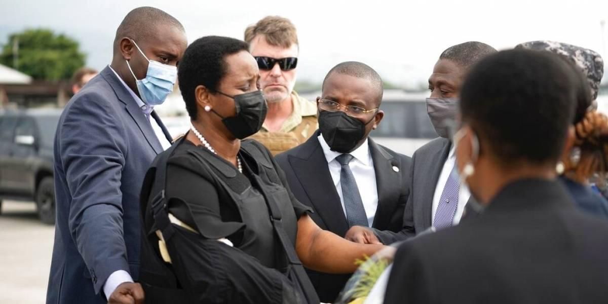 Haití enfrenta futuro incierto tras regreso de la primera dama