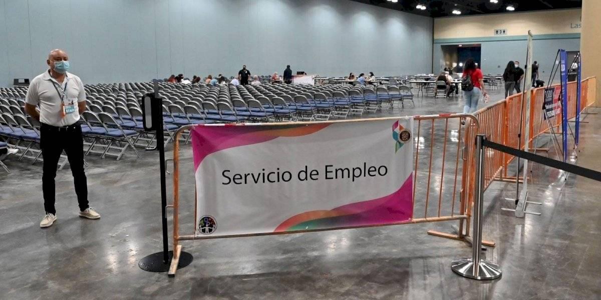 Unas 608 personas acudieron a la feria de empleos en el Centro de Convenciones