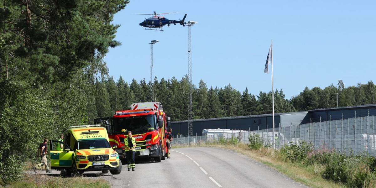 Reclusos toman a dos guardias de prisión sueca como rehenes