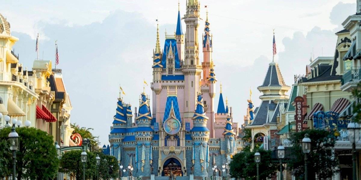 Castillo de Cenicienta se transforma en honor al 50 aniversario de Disney World