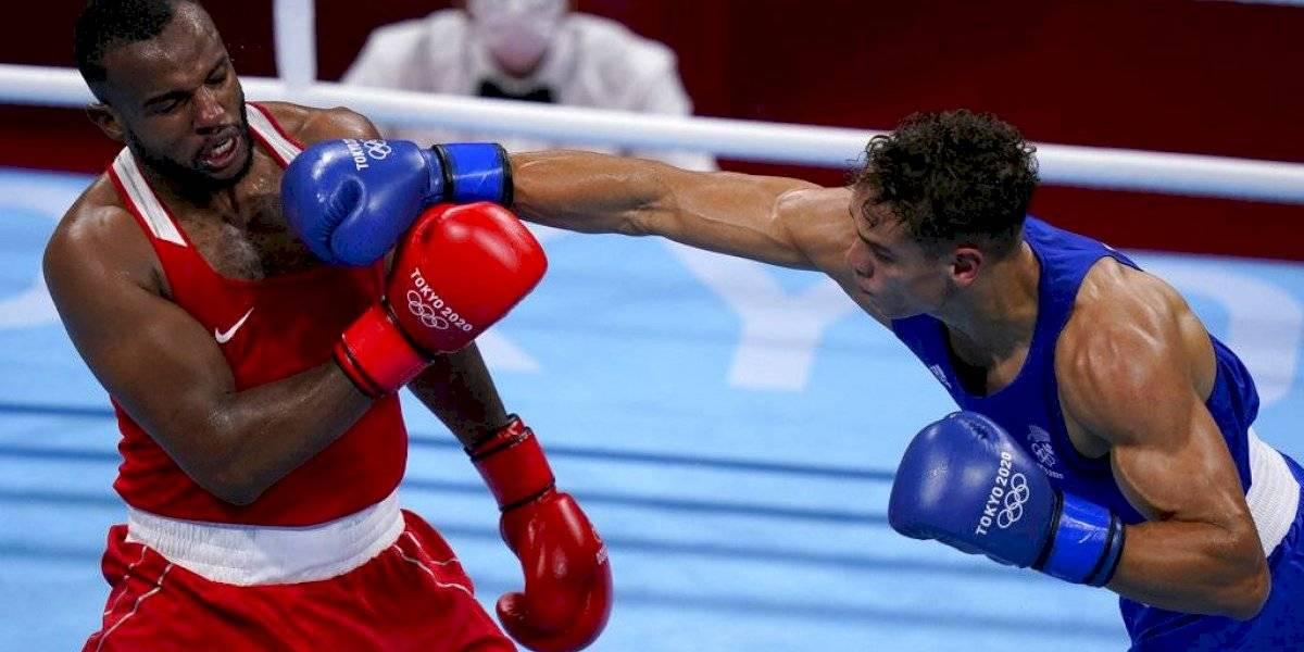 Boxeador marroquí intenta morder a un rival en Tokio