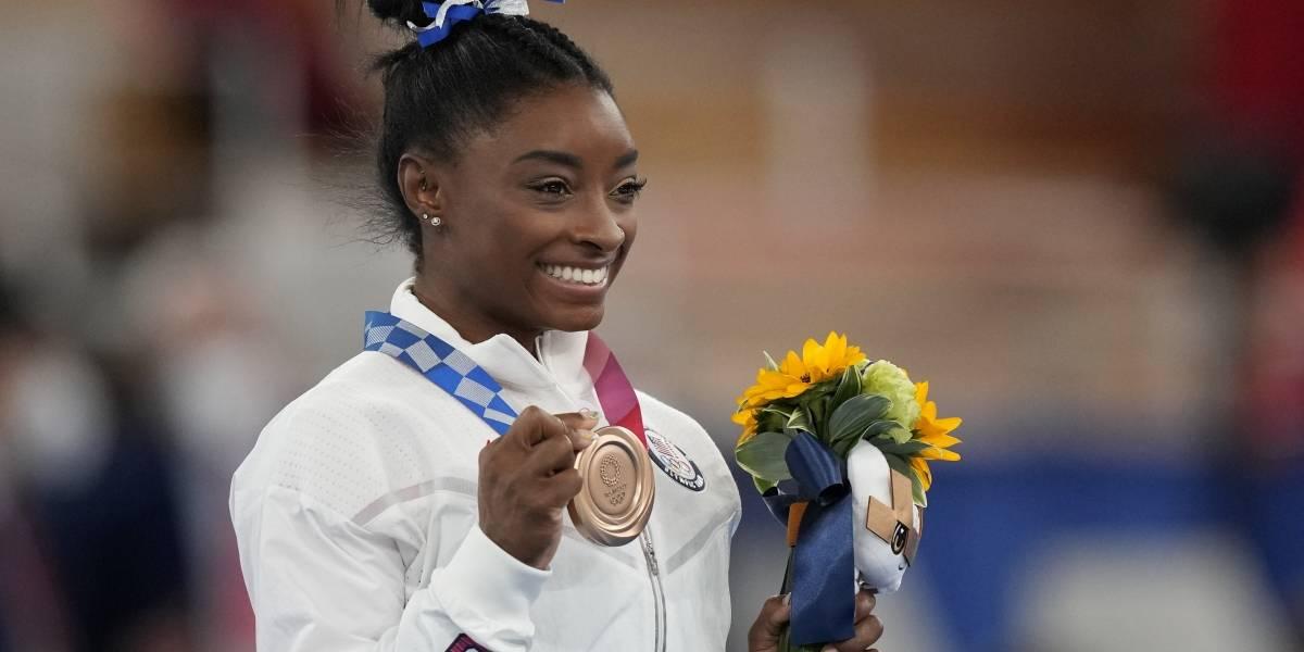 La imagen de Simone Biles que emociona al mundo tras ganar medalla de bronce