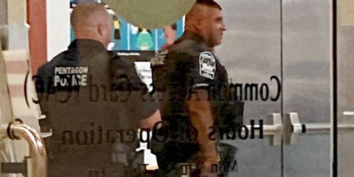 Oficial fallece apuñalado en estación cerca del Pentágono