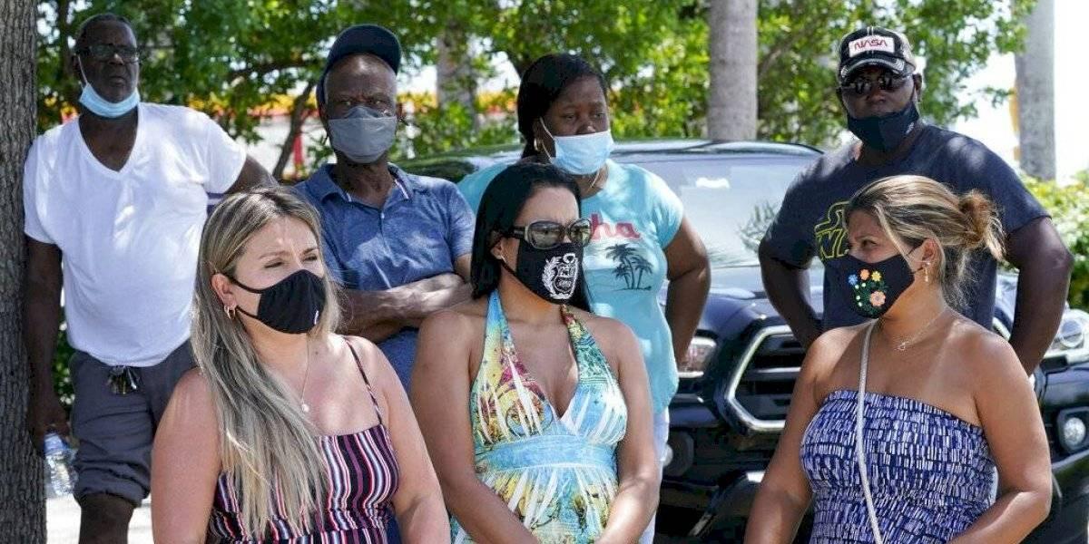 Gobernador de Florida descarta restricciones mientras variante delta se extiende por el estado