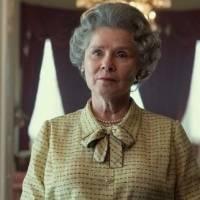 """¡Increíble parecido! Fotos de la nueva Reina Isabel II impactan fans de """"The Crown"""""""