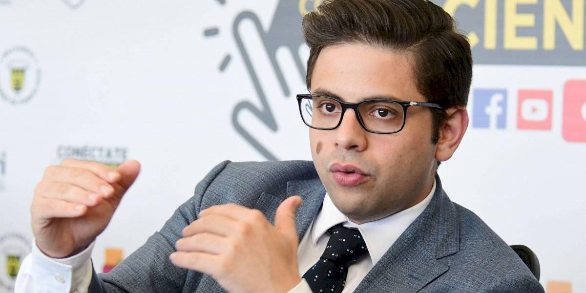 Secretario de Hacienda defiende el proceso contra supuesto evasor contributivo y propietario de lujosos vehículos