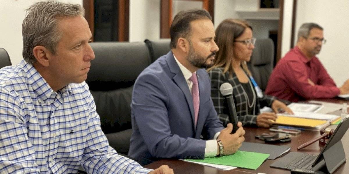Alcaldes asociados se unen a reclamo por atrasos en fondos federales de reconstrucción