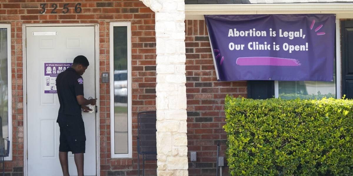Entra en vigor ley de Texas que prohíbe mayoría de abortos