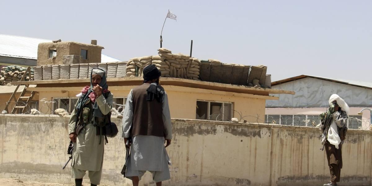 Talibanes entran a sitios porno para rastrear, ubicar y matar a prostitutas afganas