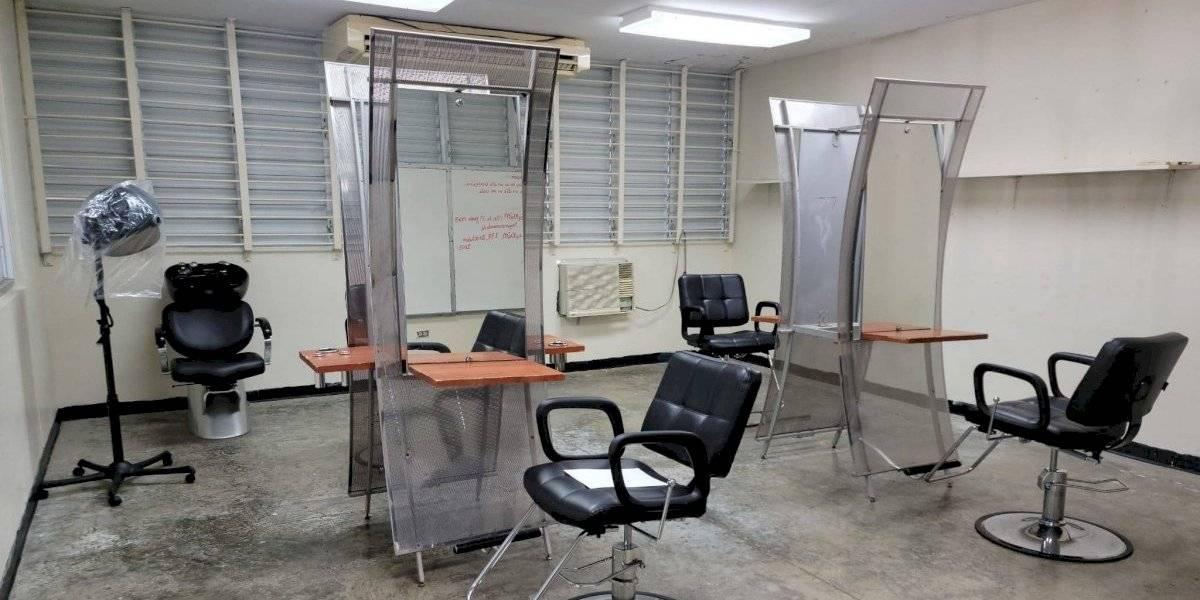 Escuela Superior de Añasco dará cursos de barbería y estilismo a estudiantes
