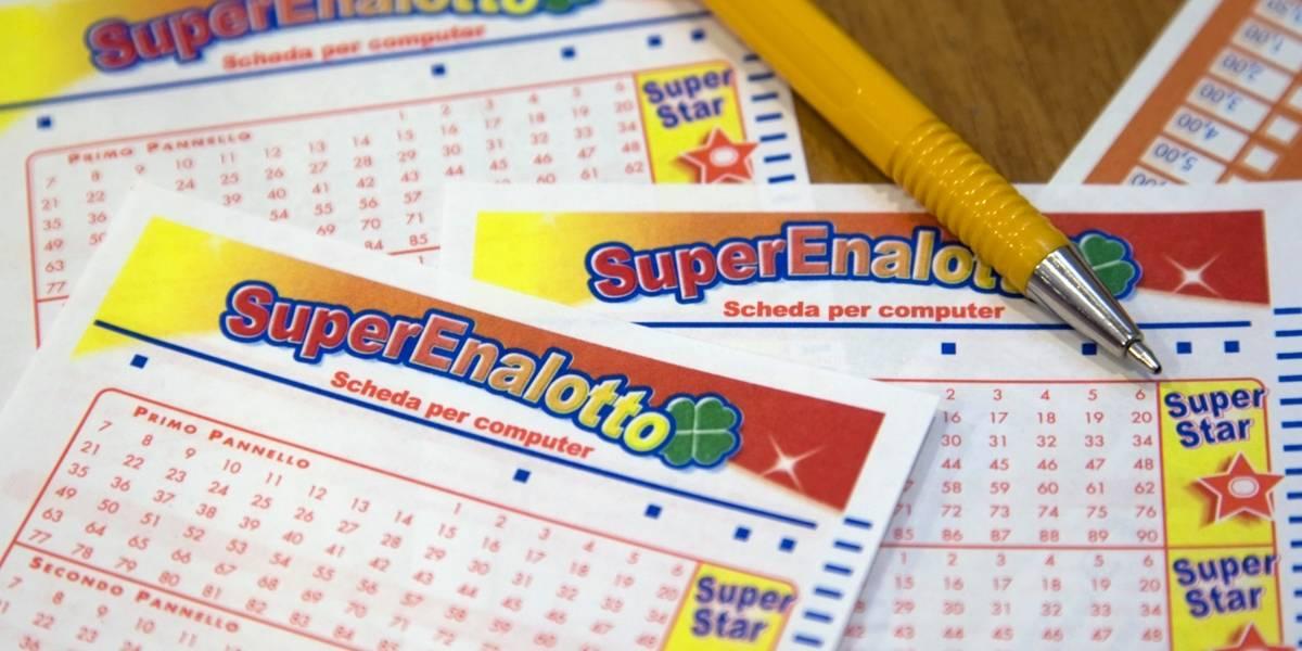 Mujer gana $460 millones en la lotería: dueño de agencia le robó boleto y huyó en moto