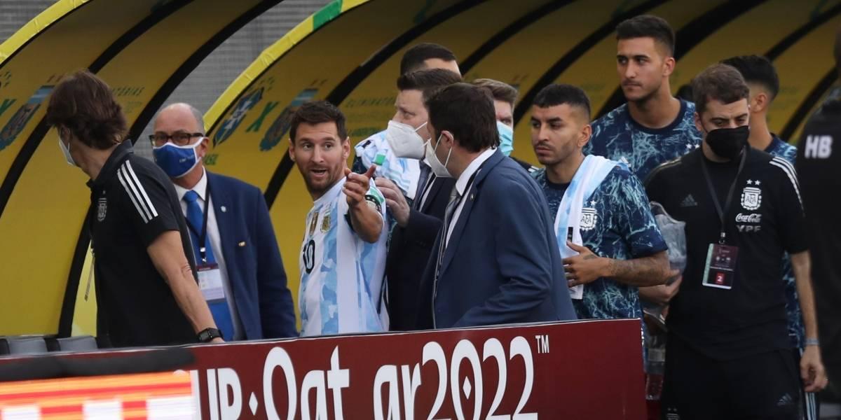 Escándalo en Brasil-Argentina: suspenden partido tras ingreso de personal sanitario