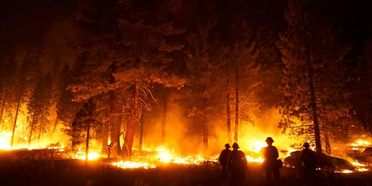 California: Bombero asignado a incendio muere de enfermedad