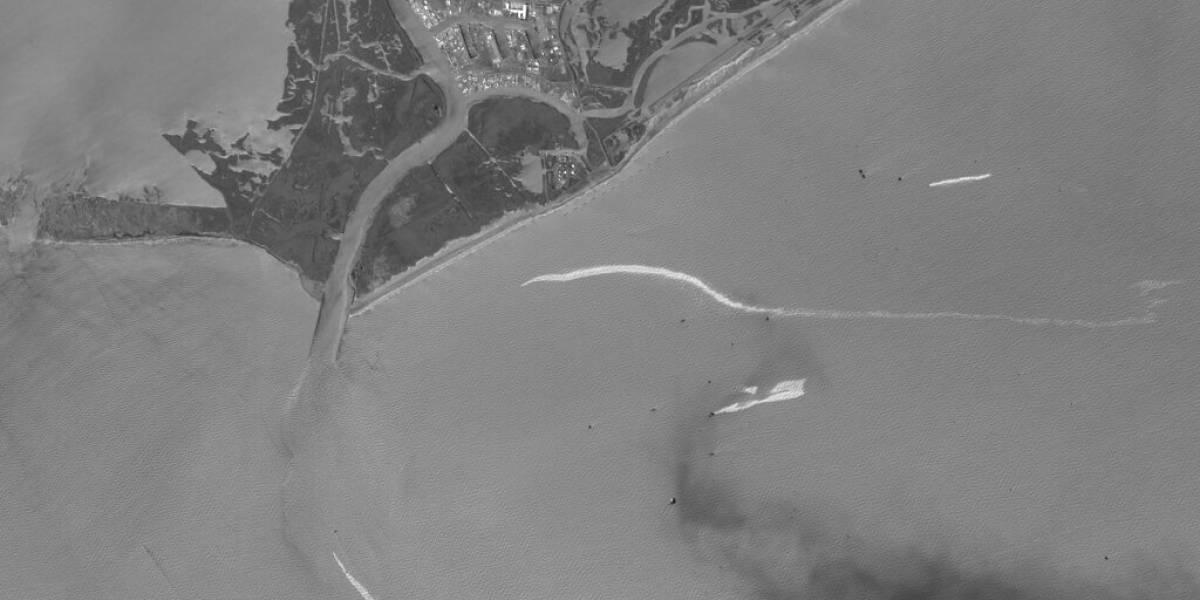 EEUU: Buzos identifican tubería rota como fuente de derrame de petróleo