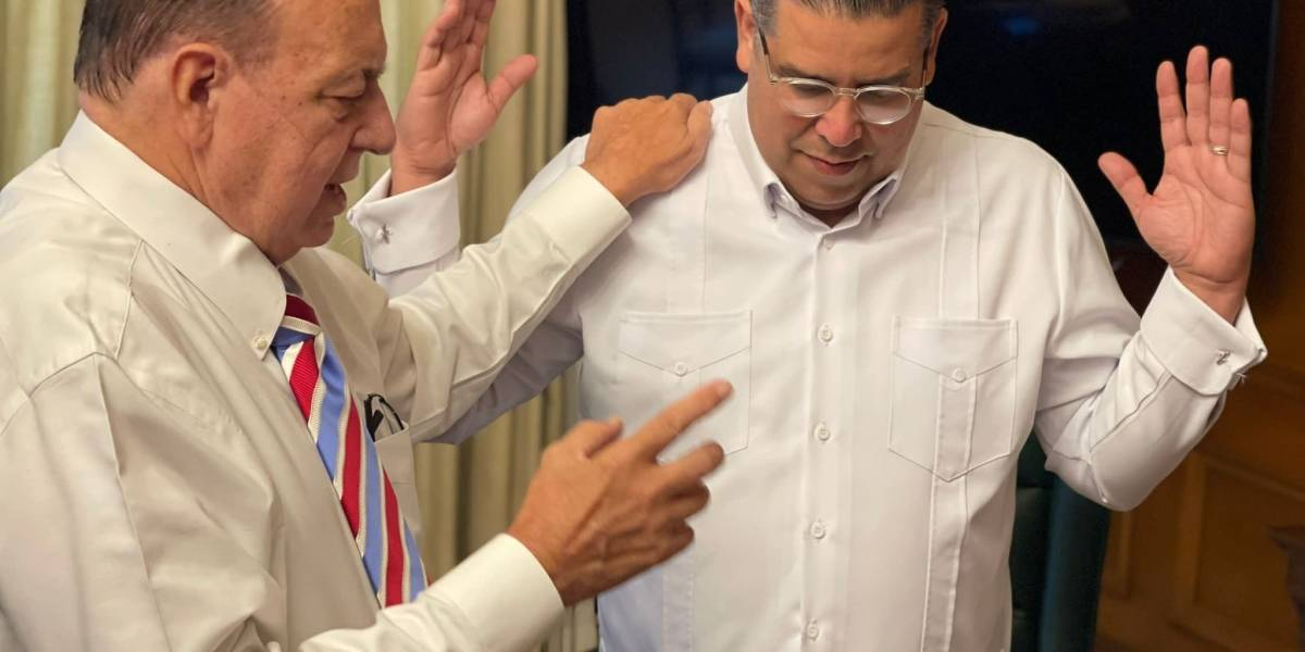 Reverendo Rashke visita oficina de Tatito Hérnandez