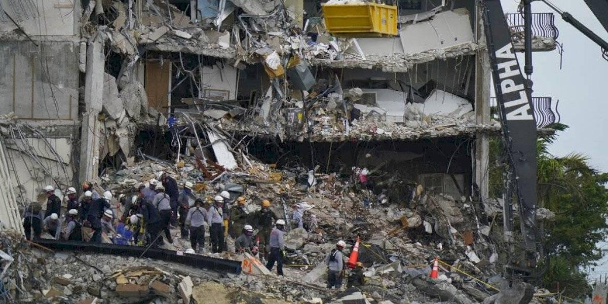 Edificio derrumbado en Miami: Arrestan a varias personas de robar identidades de muertos