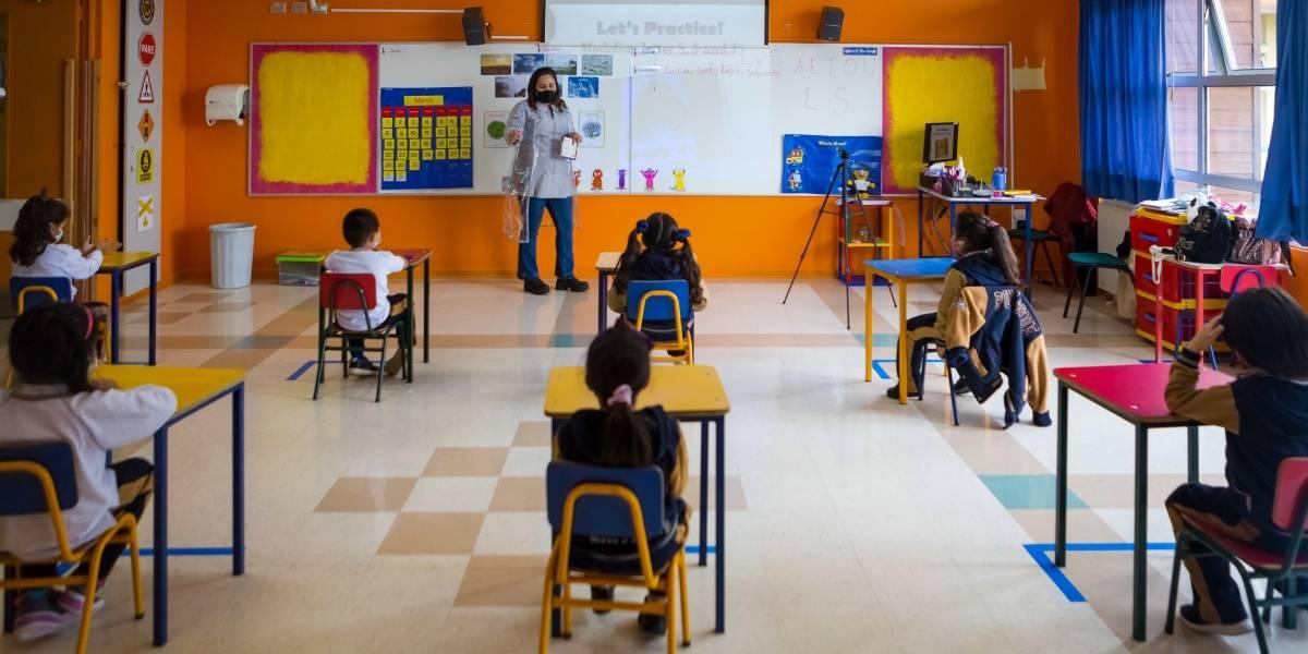 Profesora le puso cinta en la boca a alumno de 9 años: era la quinta vez que lo hacía