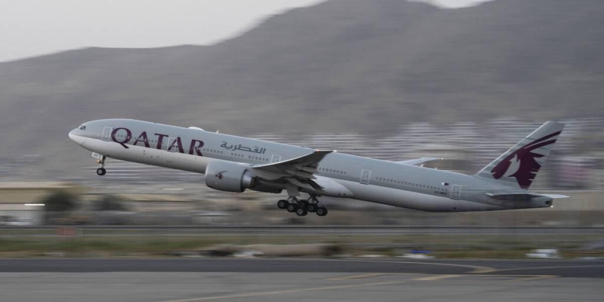 Parte otro vuelo con civiles desde el aeropuerto de Kabul