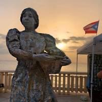 Estatuas vivientes impactan toda la isla