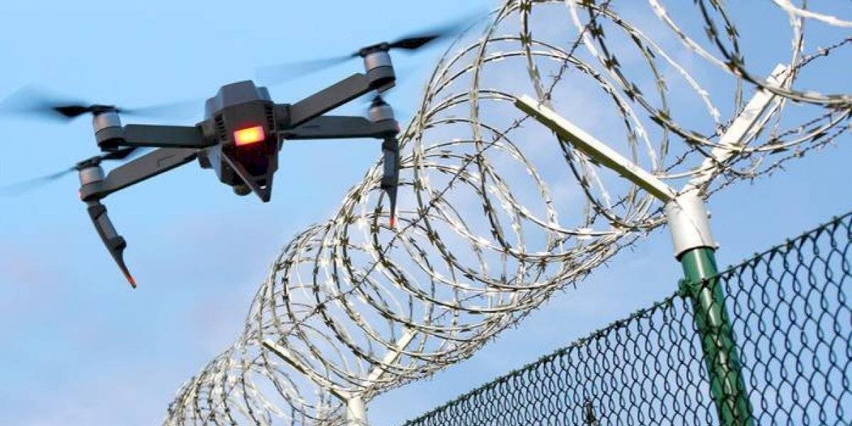 Atacan con drones y explosivos una cárcel en Ecuador