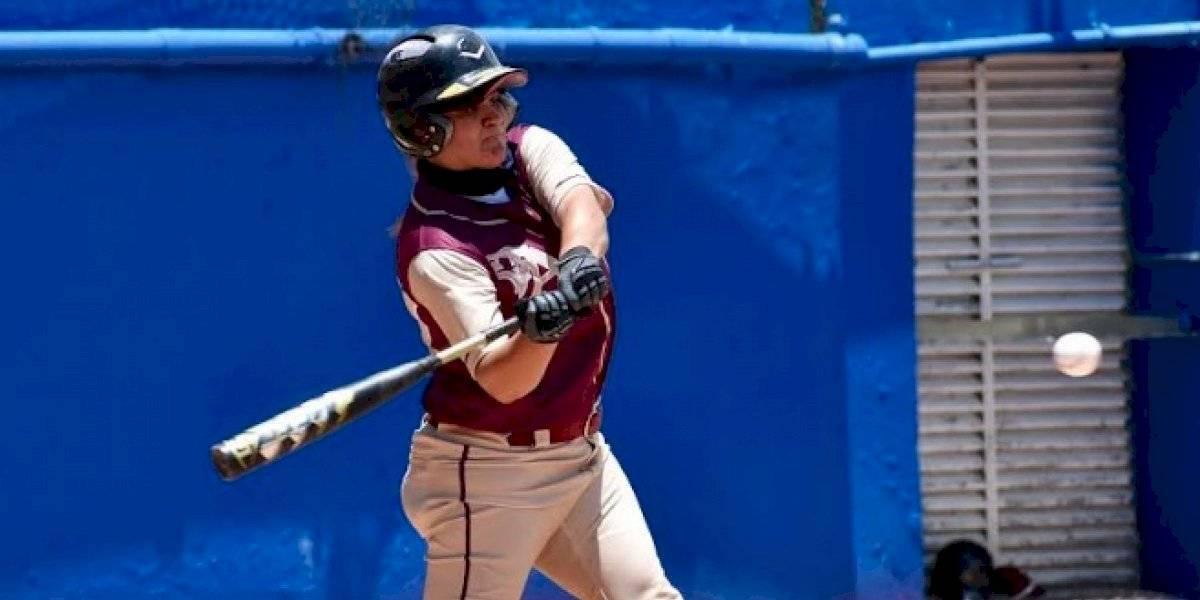 Poetas y Lobas a las puertas de la clasificación en el béisbol femenino