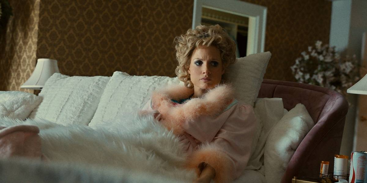 "Espectacular Jessica Chastain en ""The Eyes of Tammy Faye"""