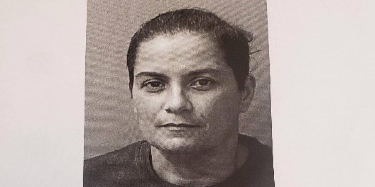 Fianza de $250 mil contra mujer policía por amenazar y maltratar a su pareja