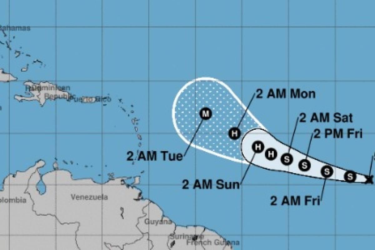 Depresión tropical 18 en el Atlántico se convertirá en huracán este fin de semana