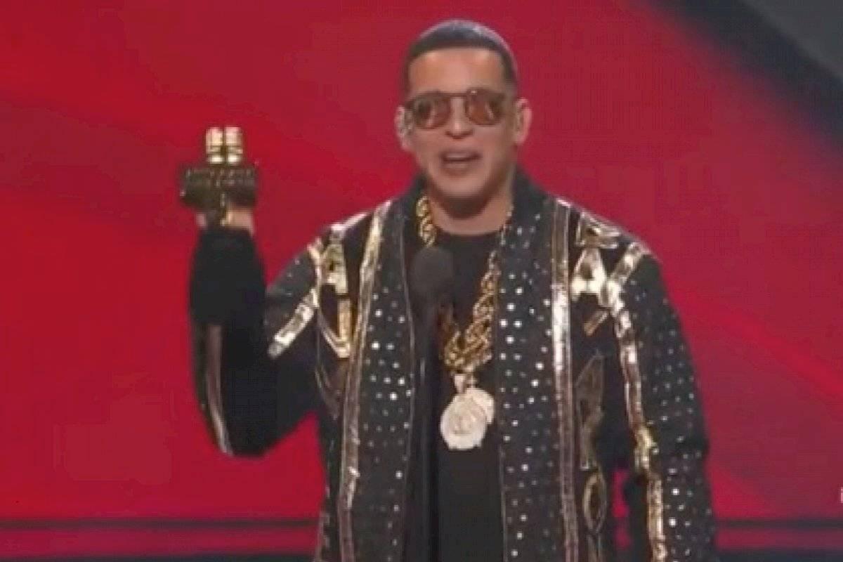 Así recibieron a Daddy Yankee en su casa tras homenaje en los Billboard