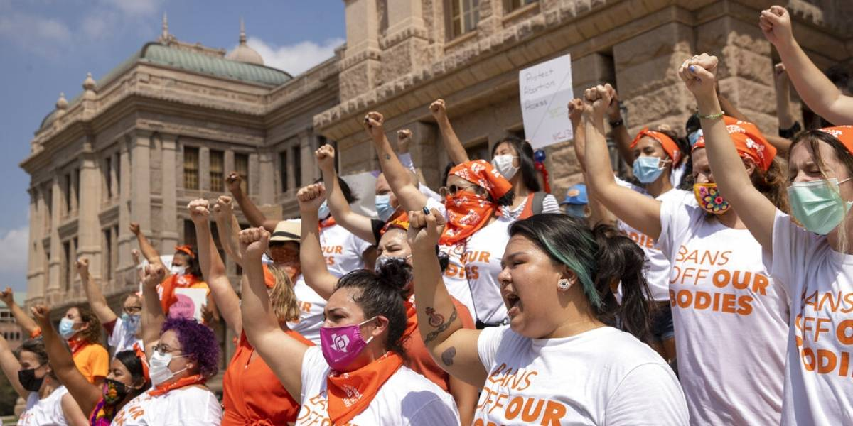 Gobierno federal urge a juez que bloquee ley de Texas sobre aborto