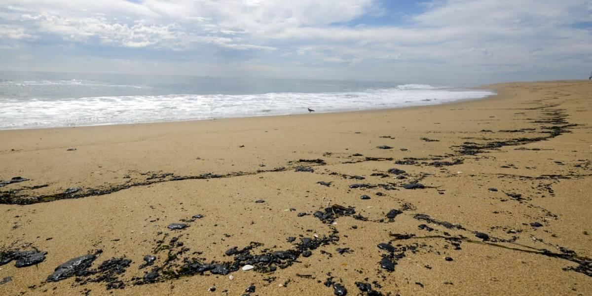 Ancla pudo causar derrame de petróleo en California