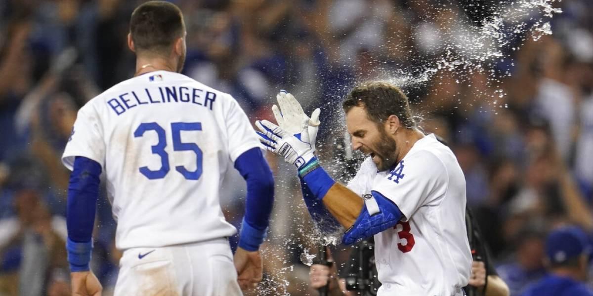 Jonrón de Taylor instala a Dodgers en serie divisional