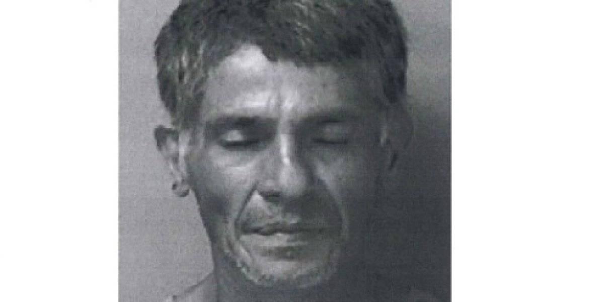 Presentan cargos contra hombre por robar tubería de negocio en Camuy