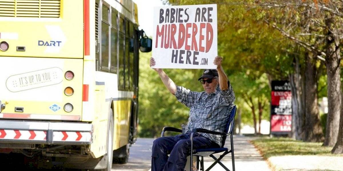 Texas: Clínicas cancelan abortos tras reinstauración de ley