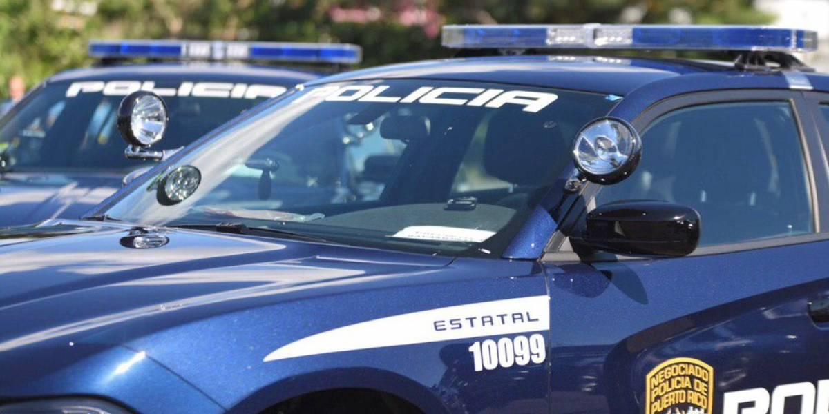 Conductora impacta a policía