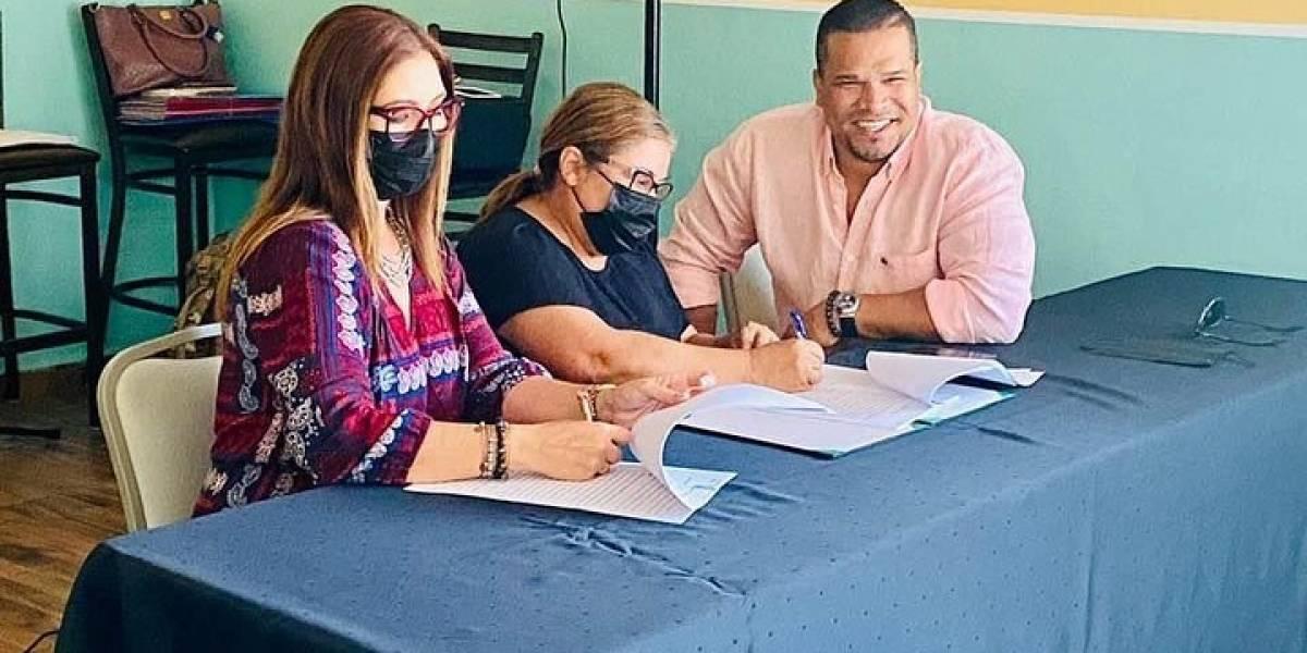 Entregan donativo de $50,000 a organizaciones sin fines de lucro en Arecibo