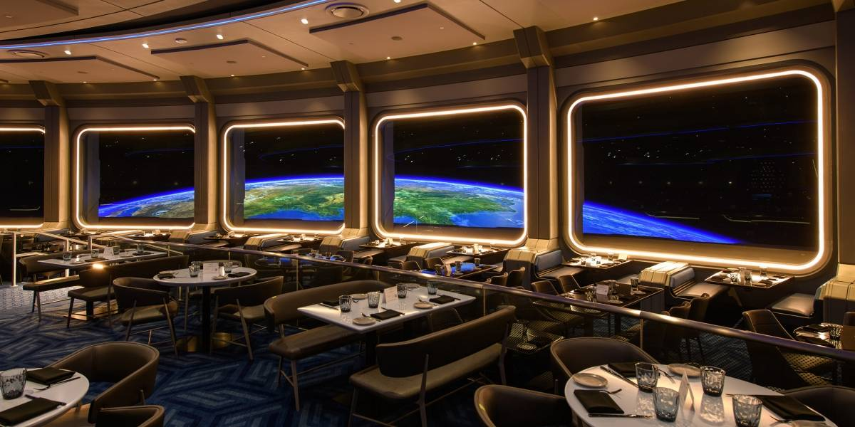 Ya puedes tener la experiencia de cenar en el espacio