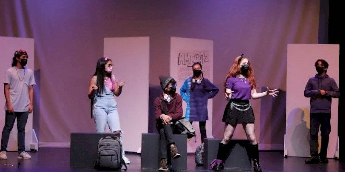 """""""A.M.I.G.O.Z.Z."""" sube a escena en el Festival de Teatro de Caguas"""